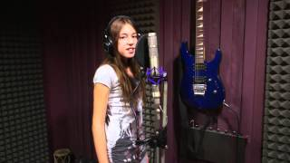 Luana - Can't fight the moonlight (In the style of LeAnn Rimes)