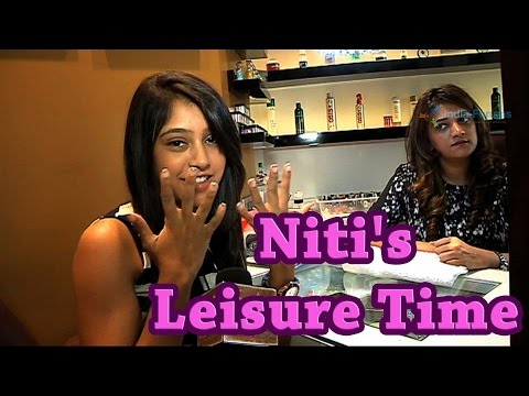 How Niti Taylor pampers herself?