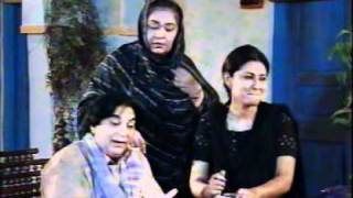 Ptv Classic Drama Duniya Dari Part 1/7