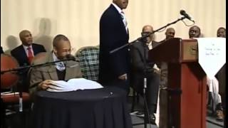 Pastor Gino Jennings Using Holiness To Manipulate! Cult Leader