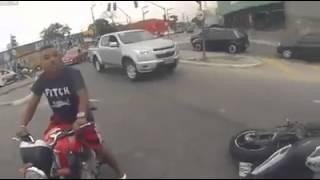 محاولة سرقه دراجة نارية و نهاية غير متوقعة