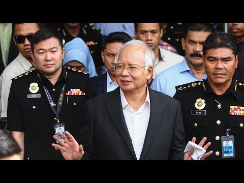 Cops seize several boxes from Najib's alleged 'safe house'