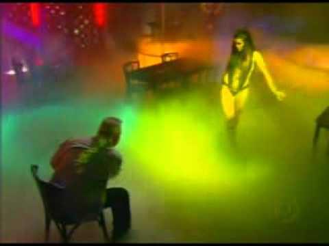 Flávia Alessandra Pole Dance Strip Tease in Fog