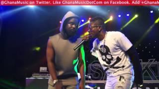 Sarkodie & Shatta Wale perform 'Kakai' @ Rapperholic concert 2015 | GhanaMusic.com Video