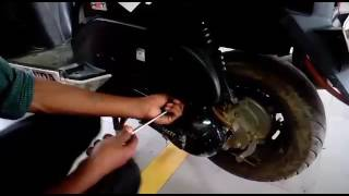 How to change air filter in Honda Dio Scooty