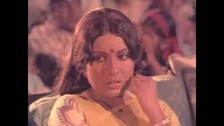 Ennadi Meenakshi - Rajnikanth, Kamal Haasan, Sripriya - Romantic Song - Illamai Oonjaladiukirathu