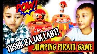 SERU! Main Game Tusuk Bajak Laut, Bayi lucu JUMPING PIRATE GAME