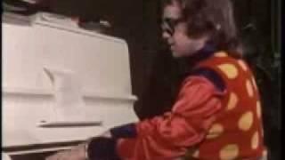 Elton John- Tiny Dancer Live in 1971