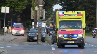 180° Wende über Gehweg: RTW + NEF BF Bremen FW 3 / Klinikum Ost