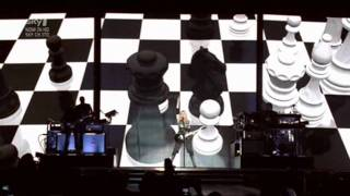 Madonna - Hung Up (Sticky & Sweet Tour in Buenos Aires)