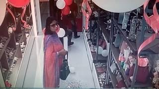 how to handbag lady thief  Live Cctv Camera bogra runna plaza