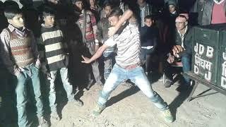 Lal Dupatte Wali Apna Naam To Bata.               by Bablu dancer