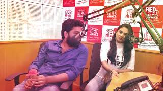 ഓൺ സ്ക്രീനിൽ ചുംബിക്കാൻ ഞങ്ങൾ തയ്യാറാണ് !! - Aditi Ravi & Askar Ali