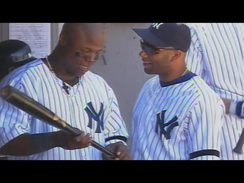 TEX@NYY: Hill crushes broken-bat home run