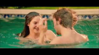 "Shailene Woodley hot Kiss in ""White Bird In A Blizzard"""