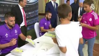 Dani Carvajal and Kiko Casilla meet Real Madrid fans in Las Palmas
