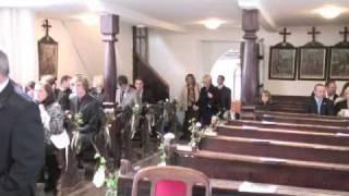 Einzug in die Kirche - Hochzeit - Sunny und Joe