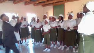 Trundles Gospel Singers- Ngenzelw'nceba by Thina Zungu (Changed to Clap&tap)
