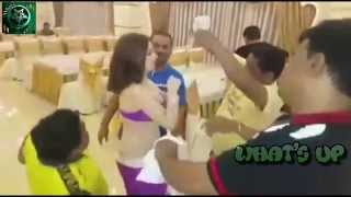 Indian Mans Dancing On Marathi Song In Russia !! With Beautiful Cute Girl's