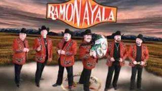 Ramon Ayala y sus Bravos del norte como el topo