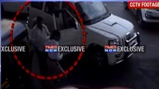 Exclusive: Shiv Sena Man Beats Up Woman Traffic Police | Caught On Camera