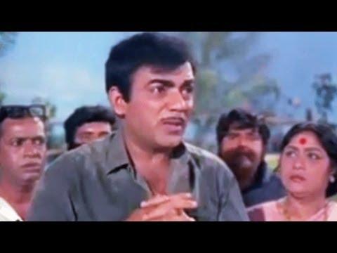 Pran comes to Mehmood's rescue - Lakhon Mein Ek Emotional Scene