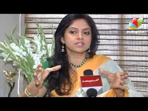 Nadhiya : Women are NOT equal to men !  | Women s Day Spl Interviews | Nadhiya