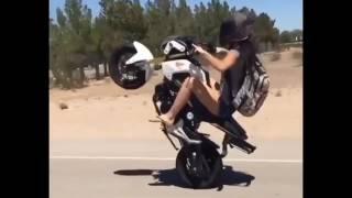 Girl Stunt Street Crazy Motocycle 2017