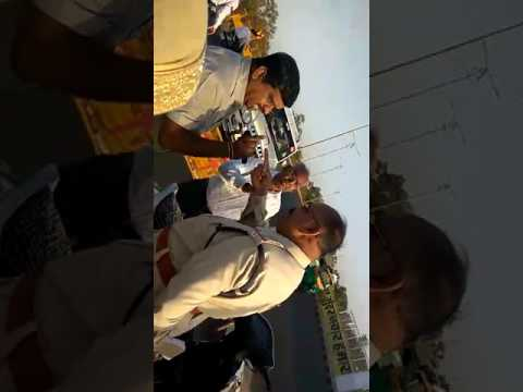 india Police fight old man