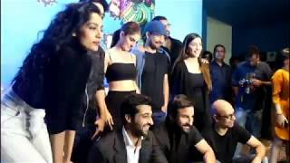 "Saif Ali Khan gets Mobbed By Media at ""Kaalakandi"" Trailer Launch"