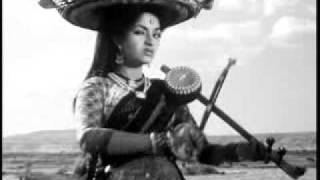 Saiyan Jhooto Ka Bara Sartaj Nikla - Do Ankhen Barah Haath