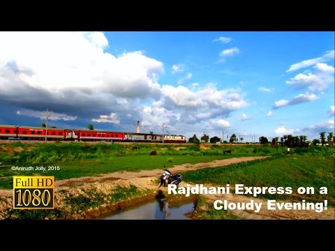 The ECR King Patna Rajdhani racing at 130kmph on a Beautiful Evening!