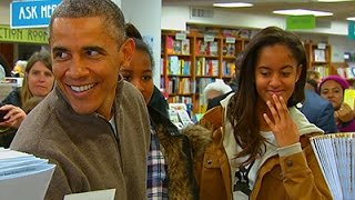 Raw: Obama Goes Shopping at DC Bookstore