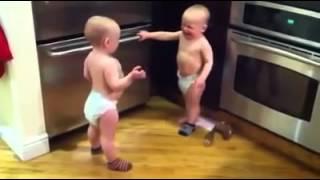 مصارعة الاطفال مضحك جدا 2014