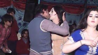 New Hot Mujra In Sindh | Wedding Hot Girl Mujra In Mehndi