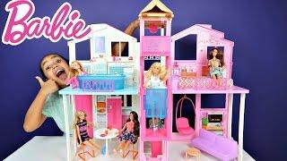Barbie 3 Storey Townhouse - 4 Barbie Fashionistas Dolls - Unboxing Kids Toy Review