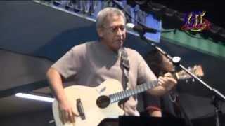 Tanam Siram - Iwan Fals Live - Konser Xtraligi - Karawang 2011
