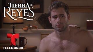 Tierra de Reyes | Los Reyes al desnudo | Telemundo