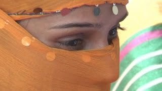 Agra Girl accuses lover for blackmailing, sexual molestation, and shooting nude video clipping!