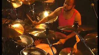 Phil Collins  Hang In Long Enough Live 1990  Chester Thompson Drum Cam