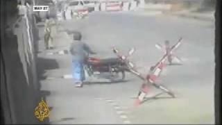 Pakistan coward army running from  Taliban attack in Lahore - 02 Jun 09.m4v