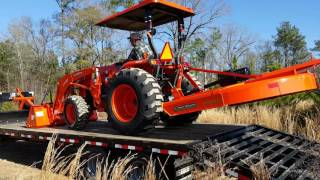 Delivery of our Kubota L4701 part 3 offloading