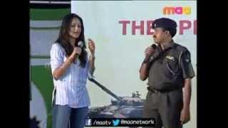 Anushka speaking in Hindi & Learning Bhangda