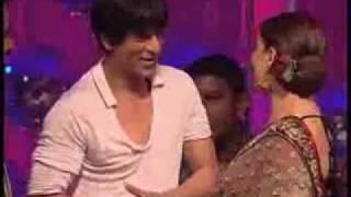 Madhuri Dixit & Shahrukh Khan on Jhalak Dikhla Ja Set