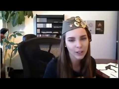 Belinda haciendo imitaciones en Twitcam 23 de julio