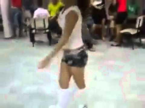 Seksi apaçi dansçı kızlar mütiş izLe