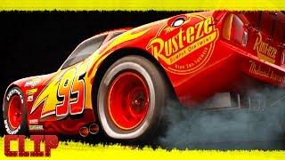 """Cars 3 Disney Clip """"Presentando a El Rayo-(McQueen)"""" Español Latino"""