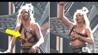 Hollywood Singer Wardrobe Malfunction On Stage But She Just Keeps Rocking *Original*