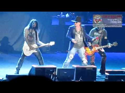 Guns N' Roses GNR - Indonesia Raya  Don't Cry live in Jakarta 2012
