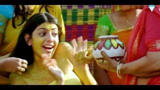 Arya 2 Movie Songs - Baby He Loves You - Allu Arjun Kajal Agarwal Navadeep
